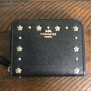 EUC Coach Black Zip Around Wallet w/ Floral Rivets